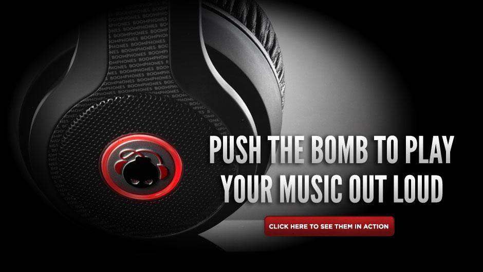 boomphones2