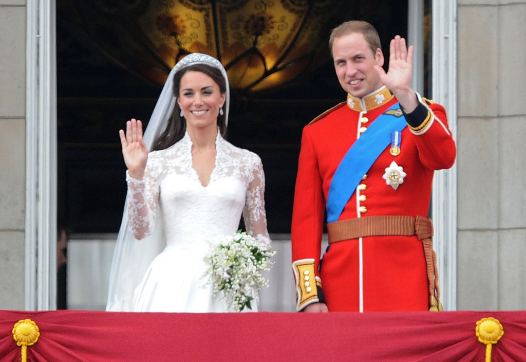 The newly-wed Royal couple on Buckingham Palace balcony with the Royal Family after their wedding