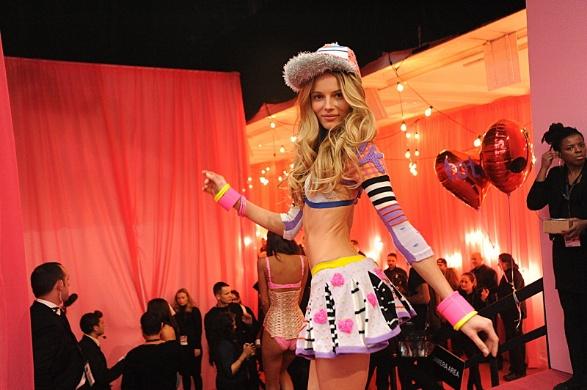 victoria secret fashion show 2013 6_raannt