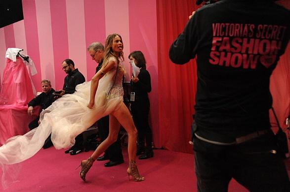 victoria secret fashion show 2013 7_raannt