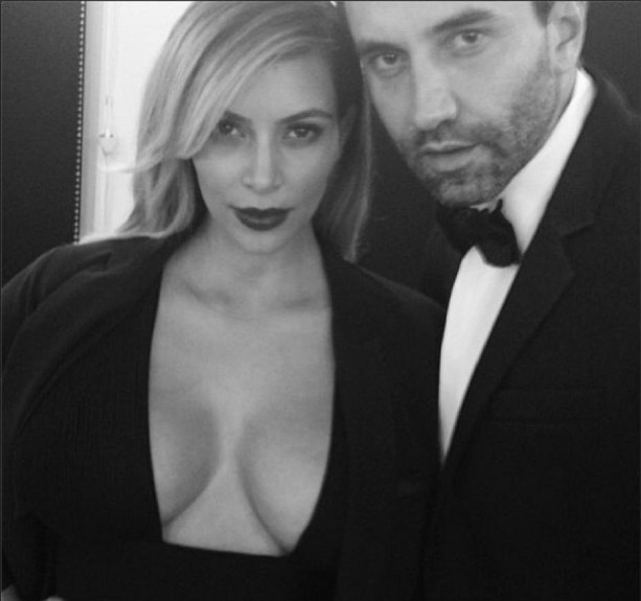 kim kardashian breasts tits sexy_raannt