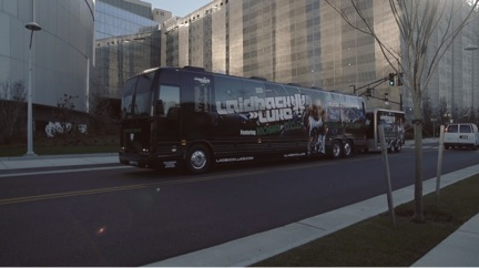 laidback luke musically driven bus tour_raannt