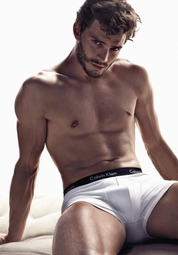 jamie dornan sexy shirtless 1_raannt