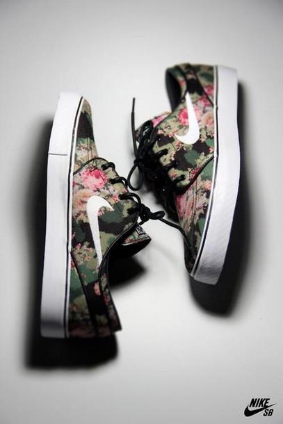 floral nikes_raannt