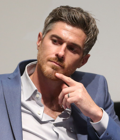 dave annable red band society sexy 1_raannt