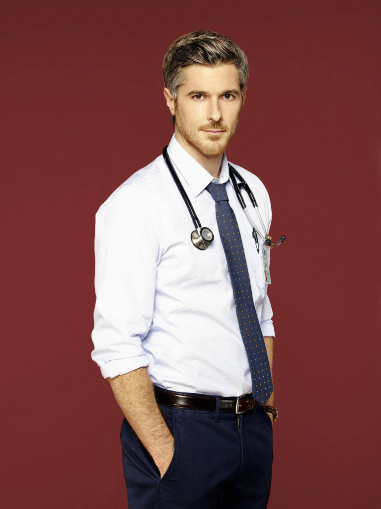 dave annable red band society sexy_raannt