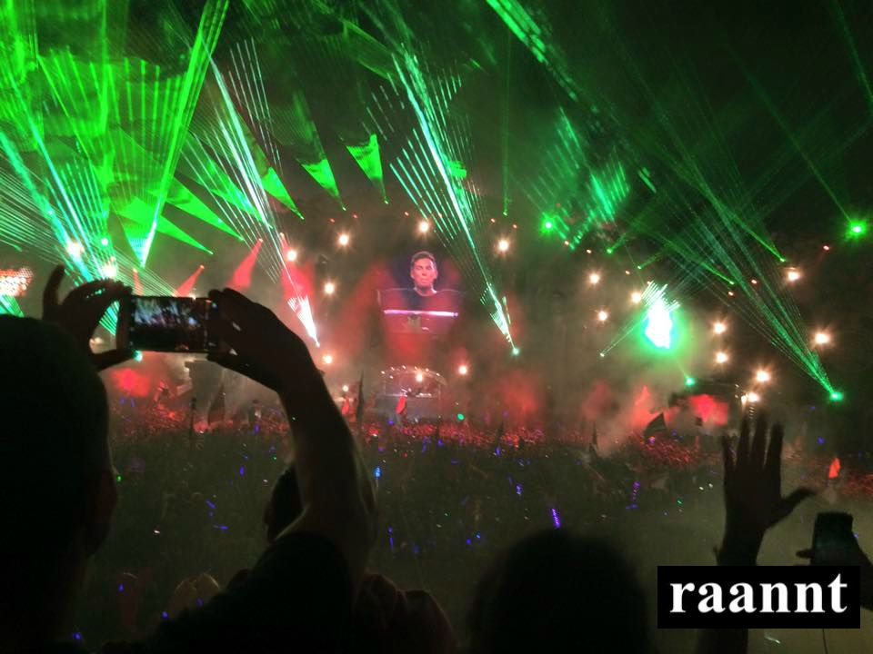 Hardwell Closing Saturday Night at TomorrowWorld