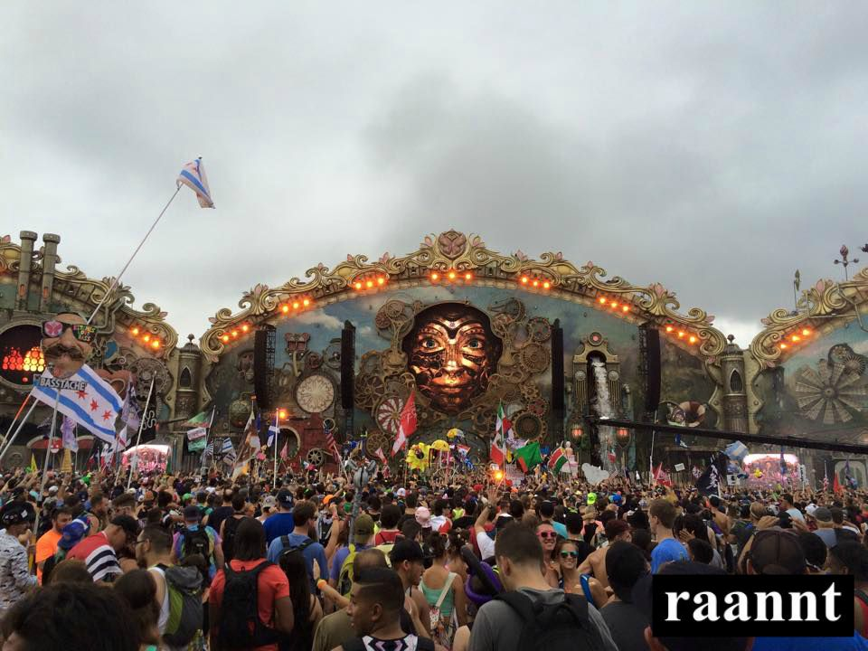 TomorrowWorld Day 2